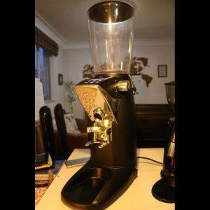 آسیاب قهوه f8کامپکت(کارکرده)