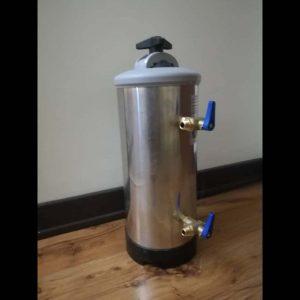 سختی گیر آب ۱۲ لیتری (کارکرده)